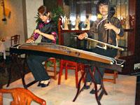 二胡と箏の演奏